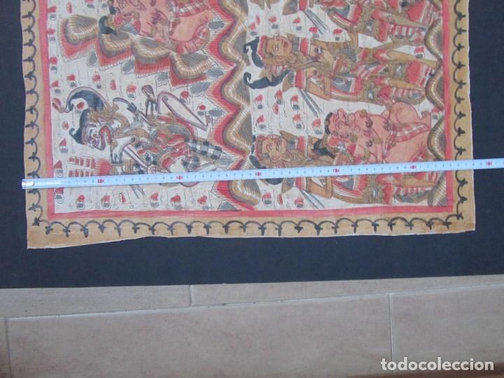 Arte: Tela pintada de Bali. Motivos étnicos rituales. 85 x 58 centímetros - Foto 3 - 102712607