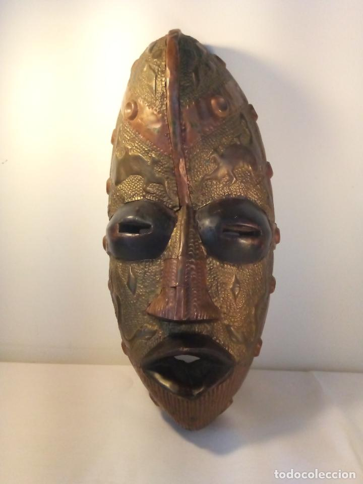 ANTIGUA MÀSCARA AFRICANA (Arte - Étnico - África)