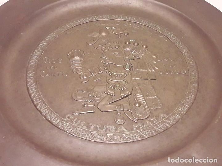 Arte: Precioso plato de cobre cultura maya Macuilxóchitl dios del canto la danza y el fuego - Foto 2 - 216407121