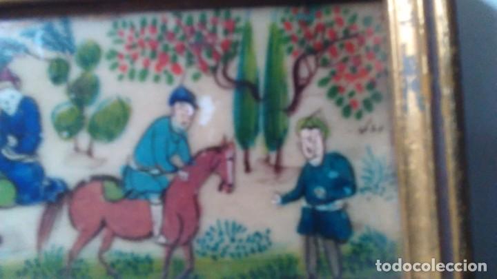 Arte: Antigua pintura miniatura oriental sobre marfil. Personajes en un jardín - Foto 8 - 114349655