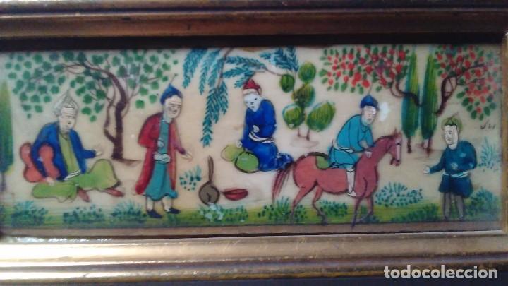 Arte: Antigua pintura miniatura oriental sobre marfil. Personajes en un jardín - Foto 12 - 114349655