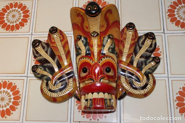 Arte: MASCARA MADERA DE INDONESIA BALI TAILANDIA REALIZADA A MANO 38 cm de altura dibujo serpientes - Foto 2 - 116458903
