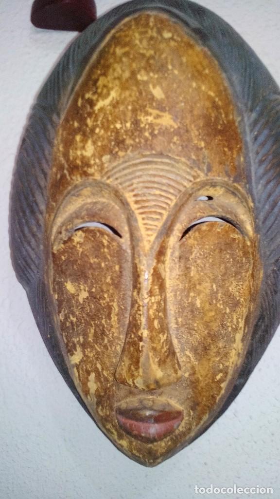 Arte: mascara madera policromada aprox cm 32 largo, 21 ancho, 14,5 profundo peso 1010 gramos-13 fotos - Foto 2 - 116713911