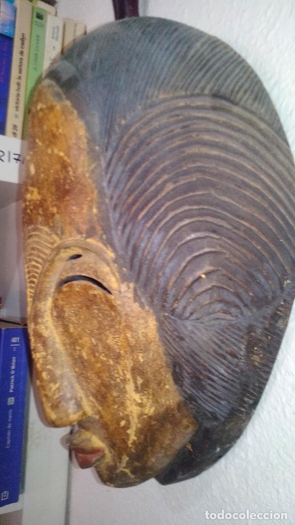 Arte: mascara madera policromada aprox cm 32 largo, 21 ancho, 14,5 profundo peso 1010 gramos-13 fotos - Foto 3 - 116713911