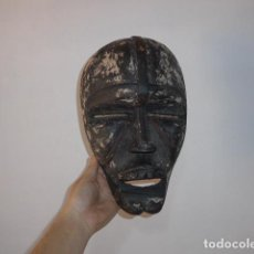 Arte: ANTIGUA MASCARA AFRICANA DE MADERA TALLADA, ORIGINAL, DE TRIBU DE CONGO, AFRICA.. Lote 117630263