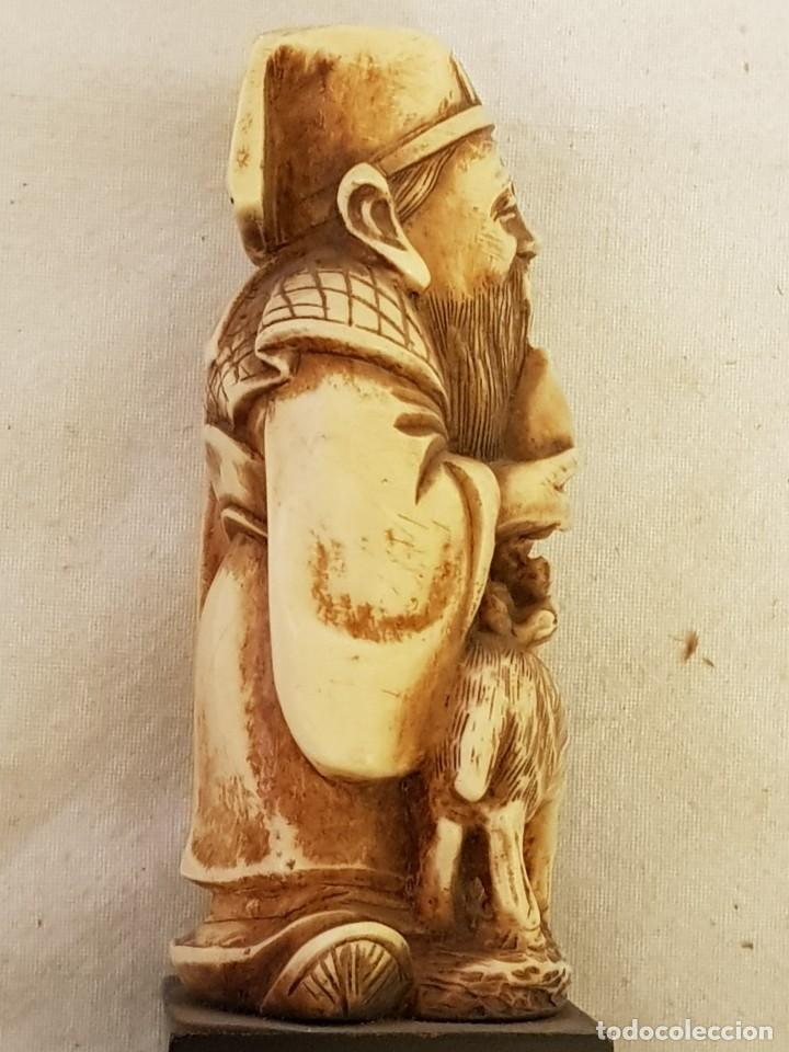 Arte: Guerrero y anciano. Arte chino. Marfilina. Años 60-70 - Foto 7 - 117868439