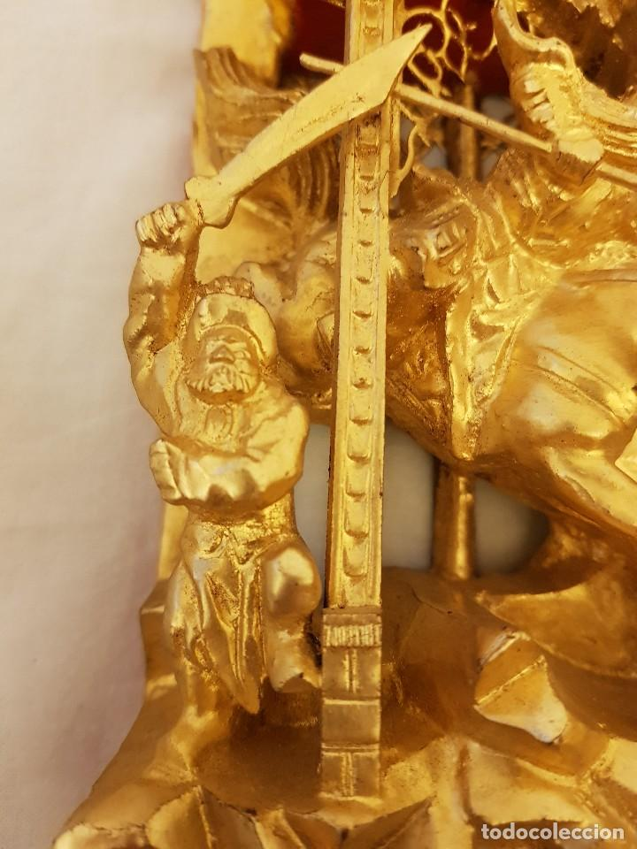 Arte: Panel chino de madera dorada. Siglo XX - Foto 7 - 118108515