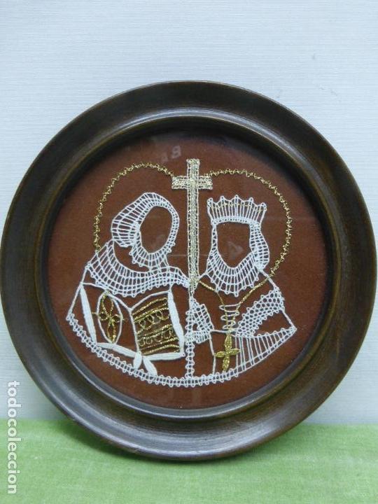 VAMBERECKA KRAJKA VAMBERK (ENCAJE BOLILLOS DE CHECOSLOVAQUIA) ENMARCADO CON SU CERTIFICADO (Arte - Étnico - Europa)