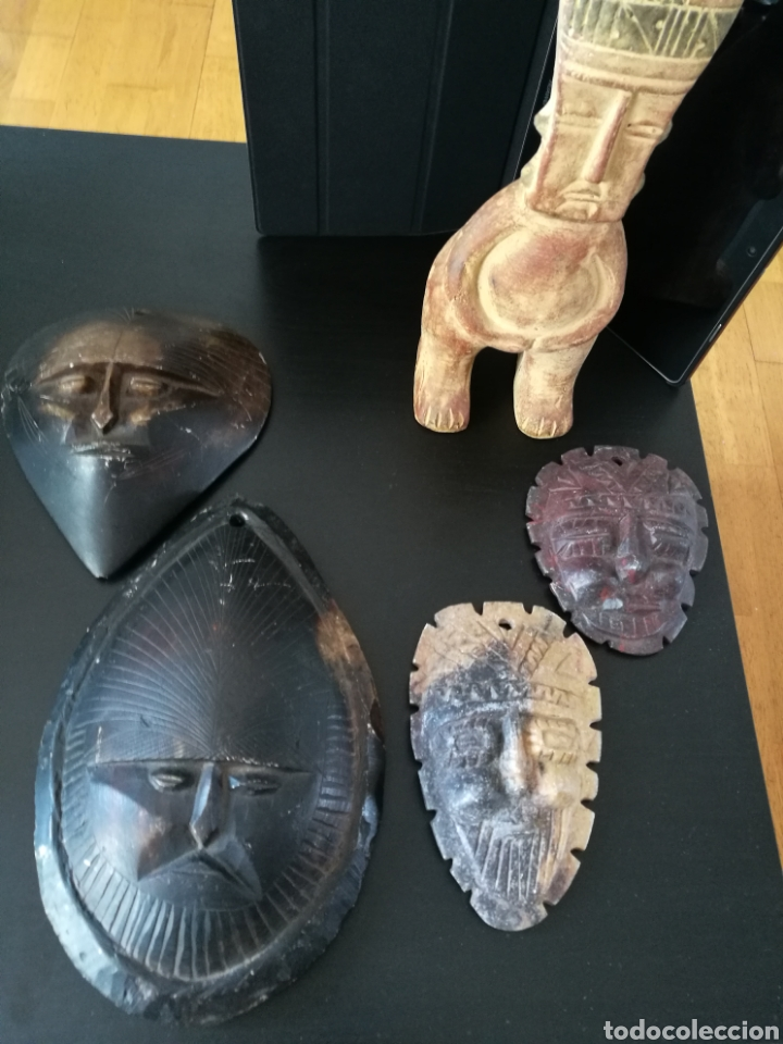 Arte: Lote 5 PIEZAS ARTE AMERICA , 4 mascaras talladas en piedra y figura en terracota o similar . - Foto 3 - 121372143