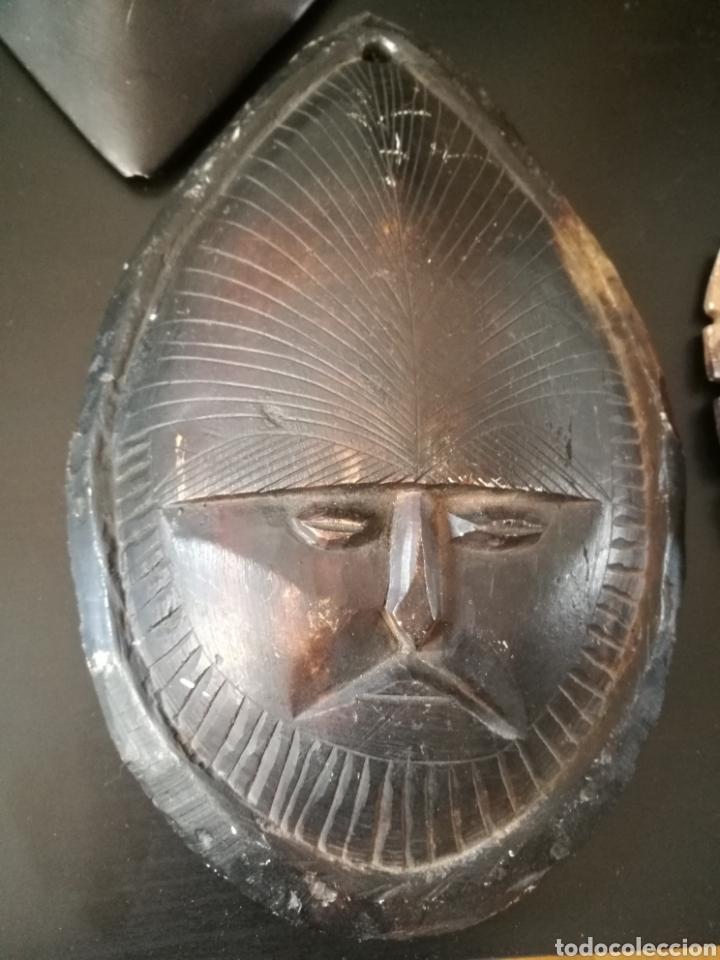 Arte: Lote 5 PIEZAS ARTE AMERICA , 4 mascaras talladas en piedra y figura en terracota o similar . - Foto 4 - 121372143