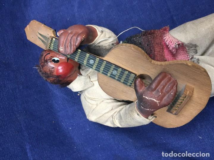 Arte: muñeco mejicano mariachi guitarrista barro tela madera guitarra 1a mitad s xx 25x11cms - Foto 6 - 122103827
