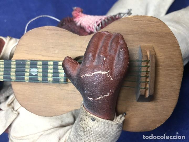 Arte: muñeco mejicano mariachi guitarrista barro tela madera guitarra 1a mitad s xx 25x11cms - Foto 9 - 122103827