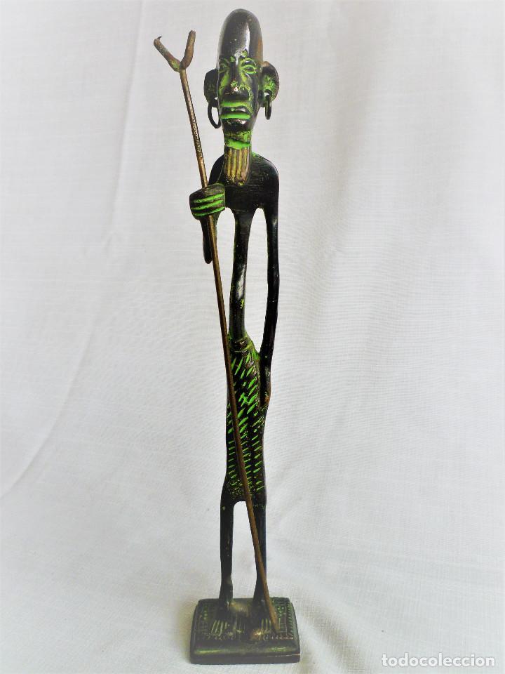 FIGURA ÉTNICA EN BRONCE (Arte - Étnico - África)