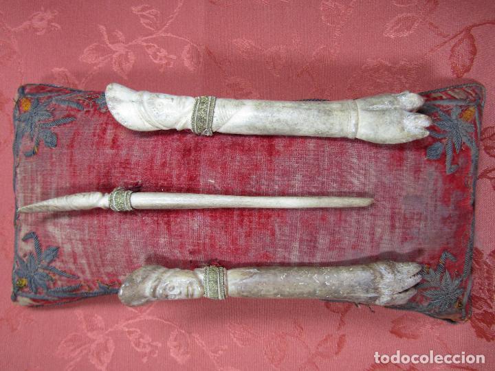 UTENSILIOS U OBJETOS RITUALES ETNICOS TALLADOS EN HUESO (Arte - Étnico - América)