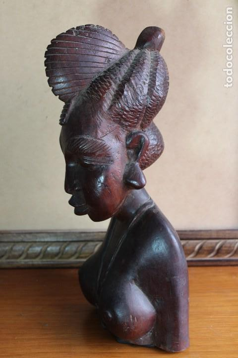 Arte: TALLA BUSTO EN MADERA AFRICANA MUJER, SENEGAL 34 cm AFRICAN WOOD CARVING - Bust Portrait of a Woman - Foto 3 - 123330167