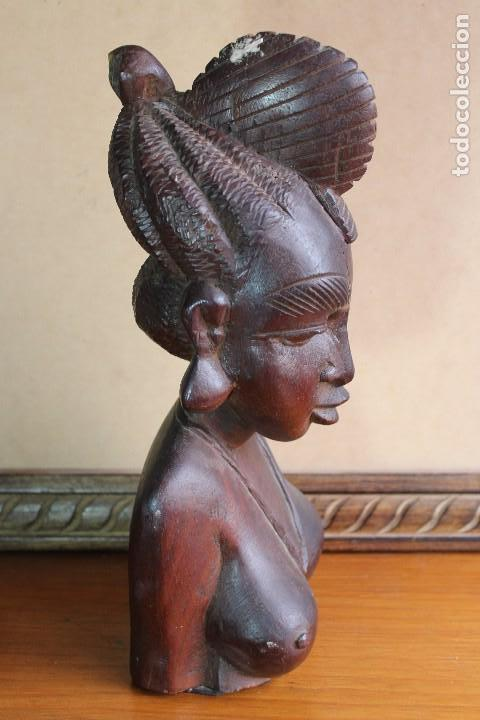 Arte: TALLA BUSTO EN MADERA AFRICANA MUJER, SENEGAL 34 cm AFRICAN WOOD CARVING - Bust Portrait of a Woman - Foto 5 - 123330167