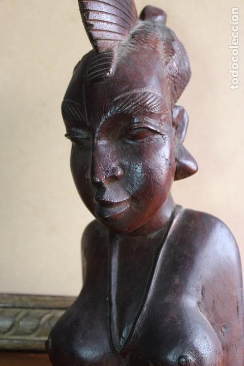 Arte: TALLA BUSTO EN MADERA AFRICANA MUJER, SENEGAL 34 cm AFRICAN WOOD CARVING - Bust Portrait of a Woman - Foto 10 - 123330167