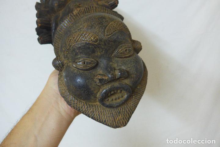 Arte: Antigua gran pipa escultura de terracota original de tribu de camerun, africana, Africa. - Foto 2 - 126194727