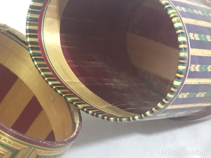 Kunst: Estuche caja rígido fibra natural tejida motivos geométricos Filipinas principios siglo XX faltas - Foto 9 - 127317003