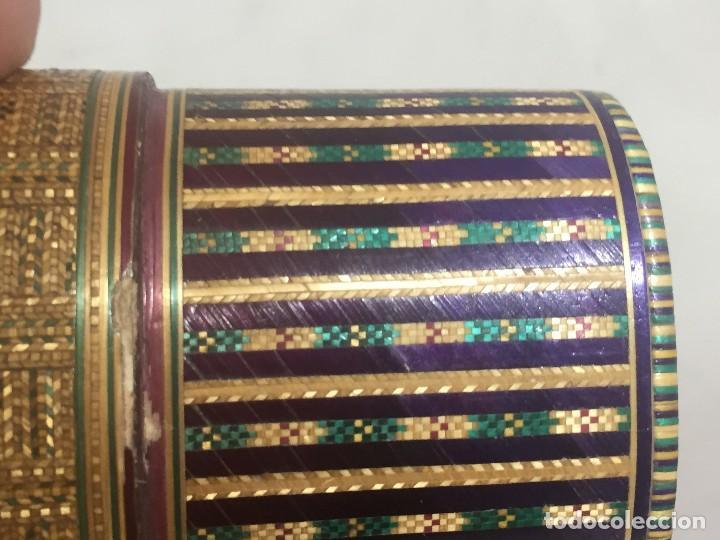 Kunst: Estuche caja rígido fibra natural tejida motivos geométricos Filipinas principios siglo XX faltas - Foto 15 - 127317003