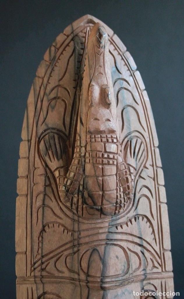 Arte: Mascara de madera noble Procedente de la zona del lago Edel, en Papua Nueva Guinea. - Foto 2 - 127919151