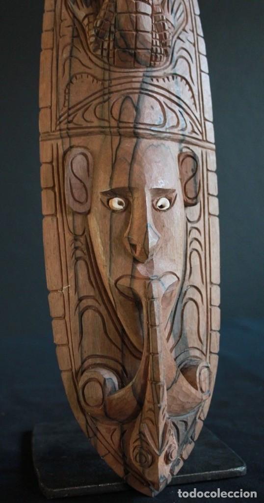 Arte: Mascara de madera noble Procedente de la zona del lago Edel, en Papua Nueva Guinea. - Foto 3 - 127919151