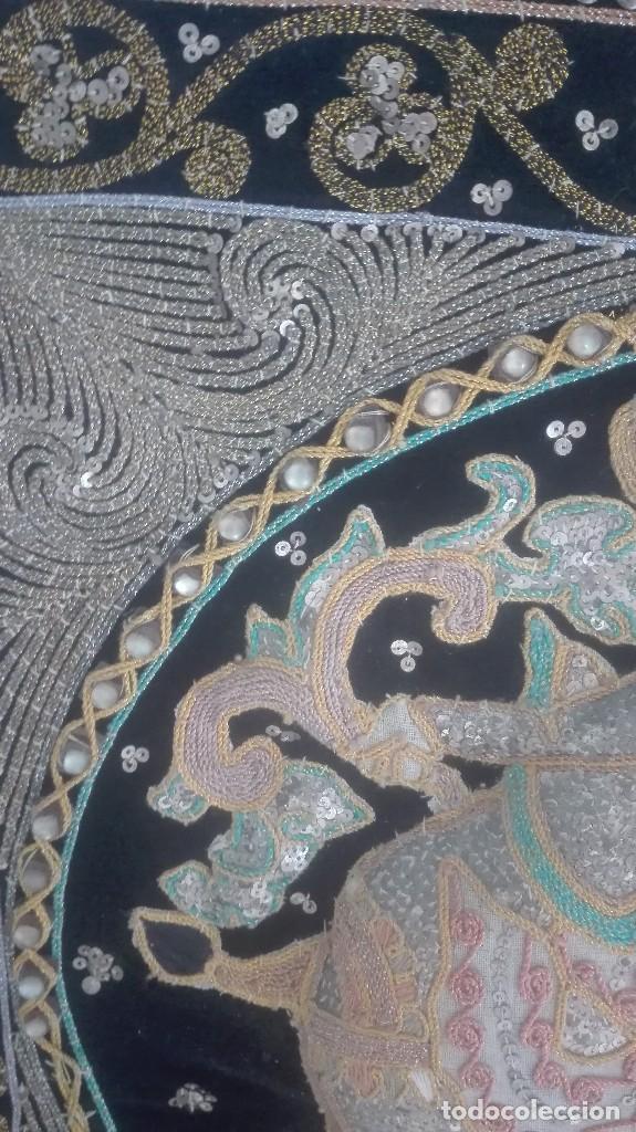 Arte: cuadro tapiz antiguo de la india bordado artesanalmente - Foto 4 - 129646371