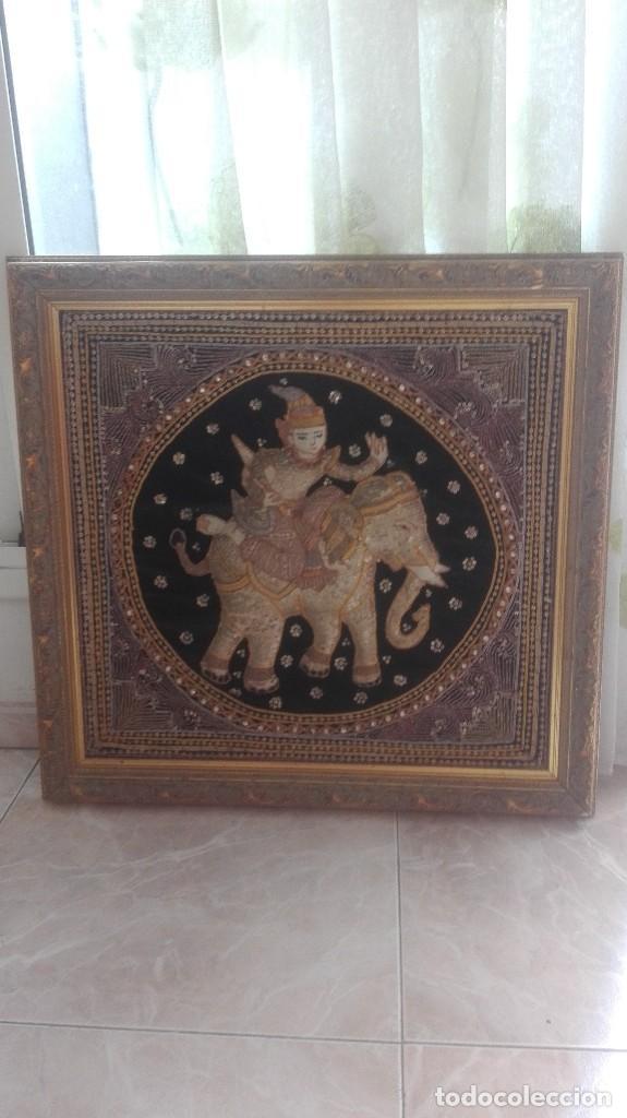 CUADRO TAPIZ ANTIGUO DE LA INDIA BORDADO ARTESANALMENTE (Arte - Étnico - Asia)