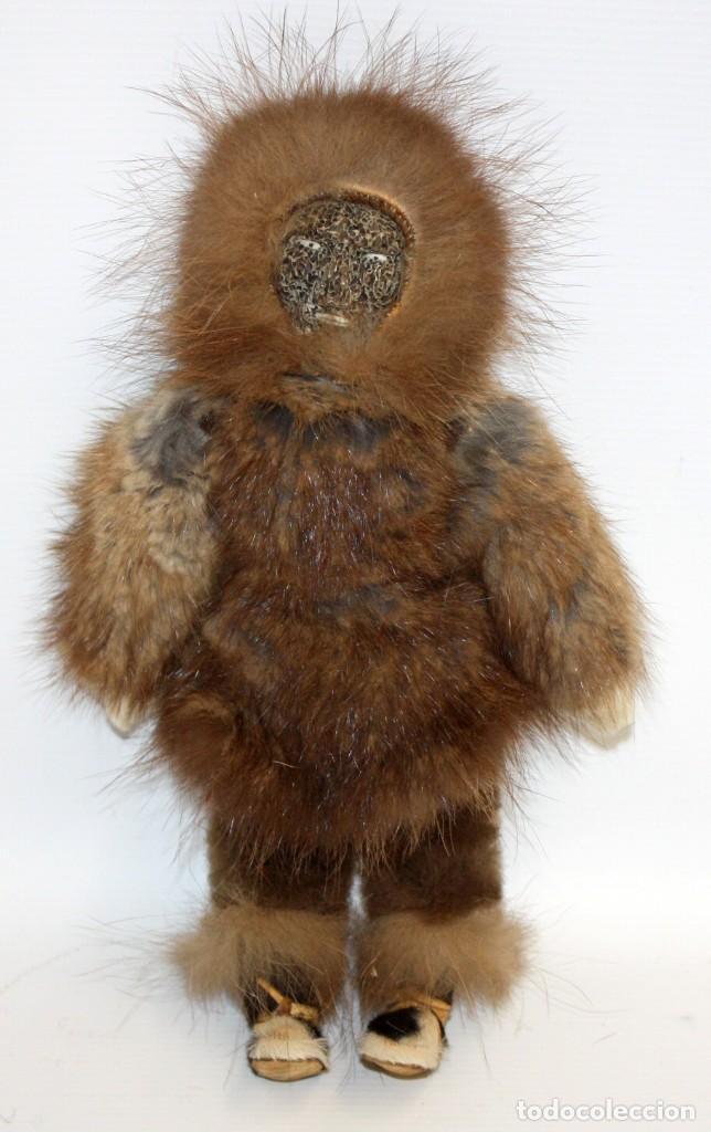 MUY RARO MUÑECO ESQUIMAL DE (UMIAT) EN ALASKA . (Arte - Étnico - América)