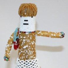 Arte: MUÑECA SUDAFRICANA DE LA TRIBU (PEDI).CON CHAQUIRAS.. Lote 131927442