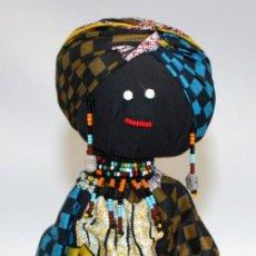 Arte: BONITA MUÑECA DE NAMIBIA ARTESANAL.. Lote 133053890