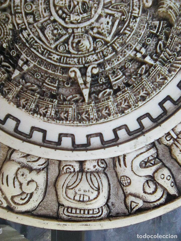 Arte: Calendario maya - Recreación en yesería policroma - 33,50 cms diametro - Foto 5 - 133309622