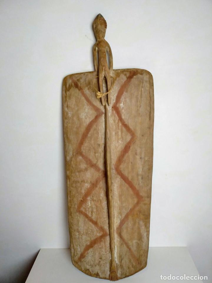 Arte: Escudo Asmat, Papúa nueva Guinea - Foto 3 - 134296670