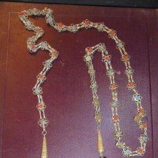 Arte: ANTIGUO CINTURON TRIBAL ALBANES METAL CHAPADO Y DIFERENTES PIEDRAS - 118 CM. . Lote 137536654