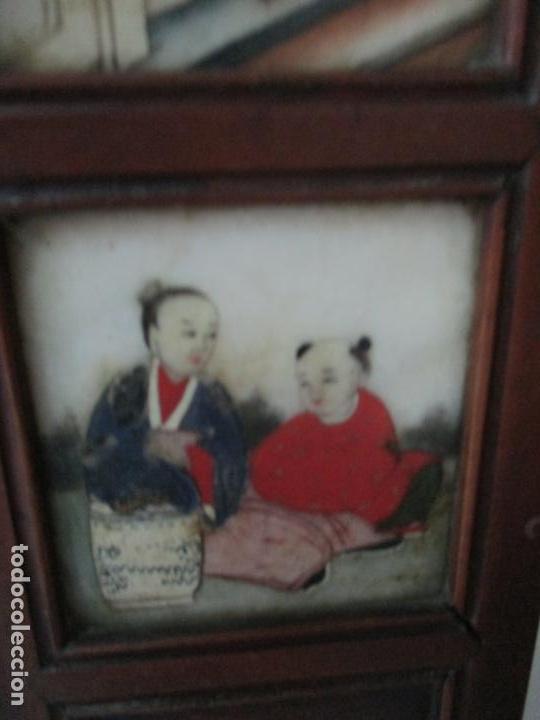 Arte: Pequeño Biombo Antiguo - Oriental - China - 8 Hojas - 2 Caras - Madera y Mármol Policromado - Foto 13 - 139309766