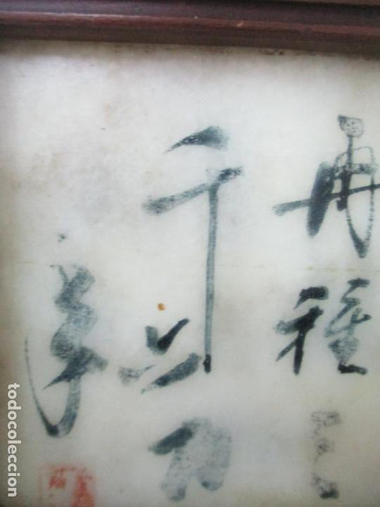Arte: Pequeño Biombo Antiguo - Oriental - China - 8 Hojas - 2 Caras - Madera y Mármol Policromado - Foto 24 - 139309766
