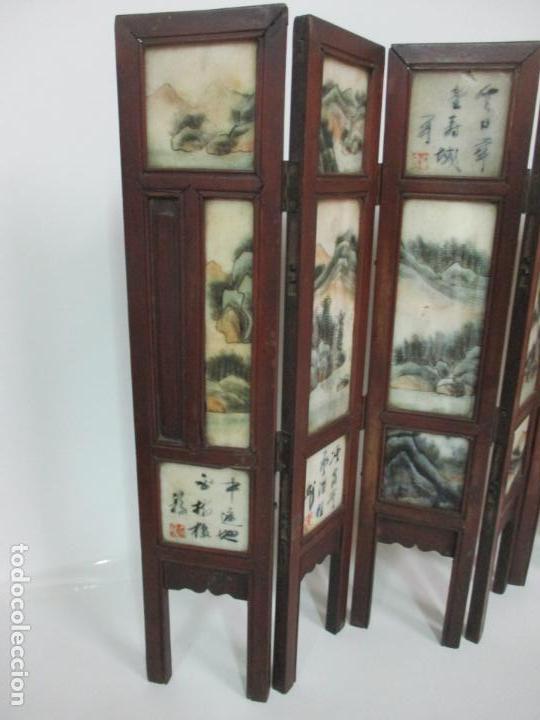 Arte: Pequeño Biombo Antiguo - Oriental - China - 8 Hojas - 2 Caras - Madera y Mármol Policromado - Foto 38 - 139309766