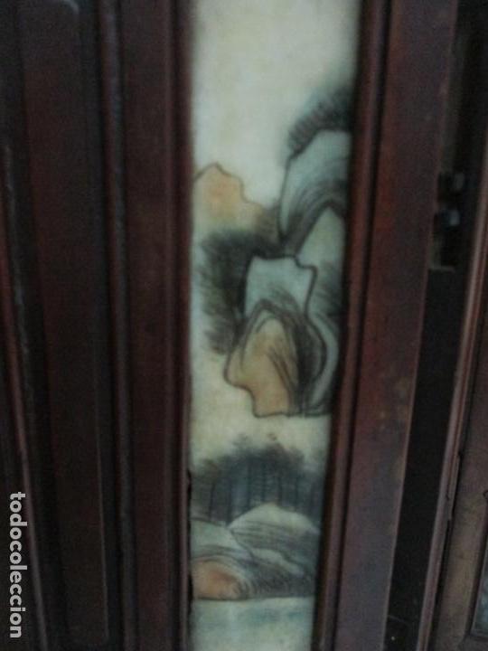 Arte: Pequeño Biombo Antiguo - Oriental - China - 8 Hojas - 2 Caras - Madera y Mármol Policromado - Foto 40 - 139309766