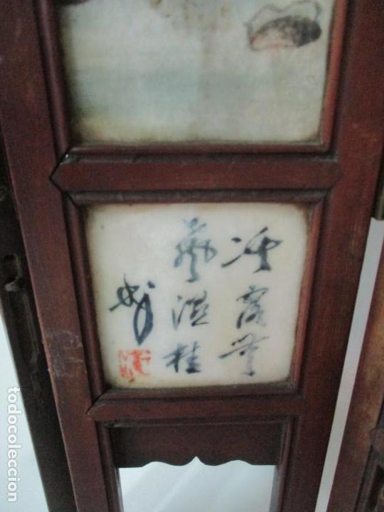 Arte: Pequeño Biombo Antiguo - Oriental - China - 8 Hojas - 2 Caras - Madera y Mármol Policromado - Foto 43 - 139309766