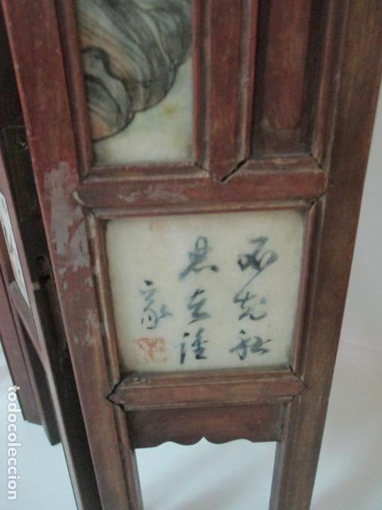 Arte: Pequeño Biombo Antiguo - Oriental - China - 8 Hojas - 2 Caras - Madera y Mármol Policromado - Foto 59 - 139309766