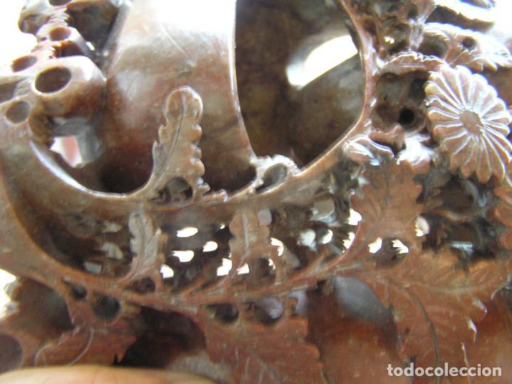 Arte: TALLA ORIENTAL EN JADEÍTA. LIMPIA PINCELES. China. 20 X 16 CM.. Primera mitad siglo XX. - Foto 9 - 142853738