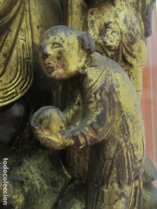 Arte: Antiguo Relieve Oriental - China - Talla de Madera Dorada - Sobre Metraquilato y Marco -S. XVIII-XIX - Foto 10 - 143744254