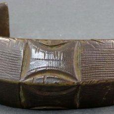 Arte: TORQUE COLLAR AFRICANO EN BRONCE PRIMERA MITAD DEL SIGLO XX. Lote 144076902