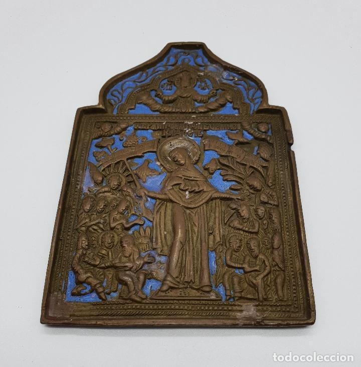 Arte: Capilla o icono ruso ortodoxo antiguo bellamente cincelado en bronce y parcialmente esmaltado . - Foto 3 - 145292682