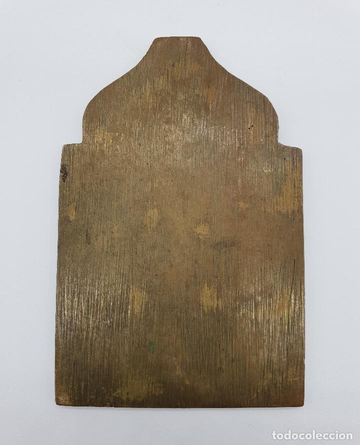 Arte: Capilla o icono ruso ortodoxo antiguo bellamente cincelado en bronce y parcialmente esmaltado . - Foto 7 - 145292682