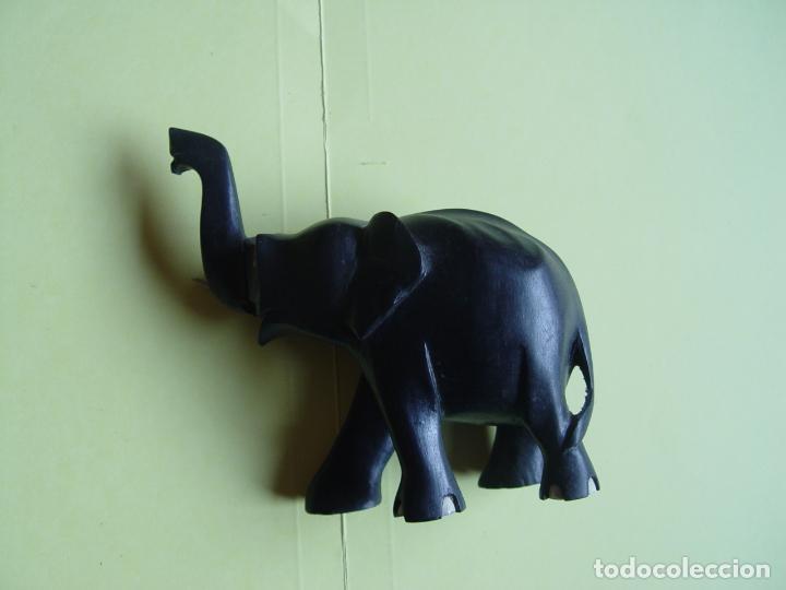 Arte: Elefante tallado en madera (Guinea, 1960's) Vintage ¡Original! - Foto 2 - 145590406