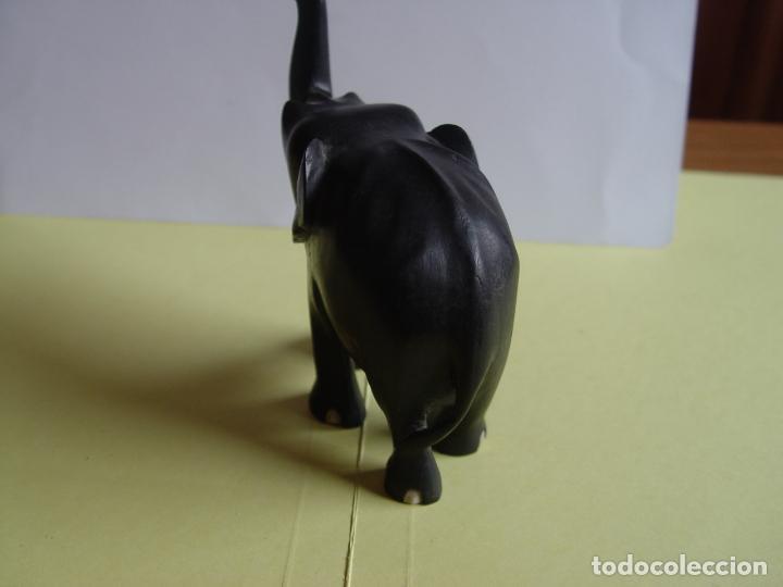 Arte: Elefante tallado en madera (Guinea, 1960's) Vintage ¡Original! - Foto 7 - 145590406