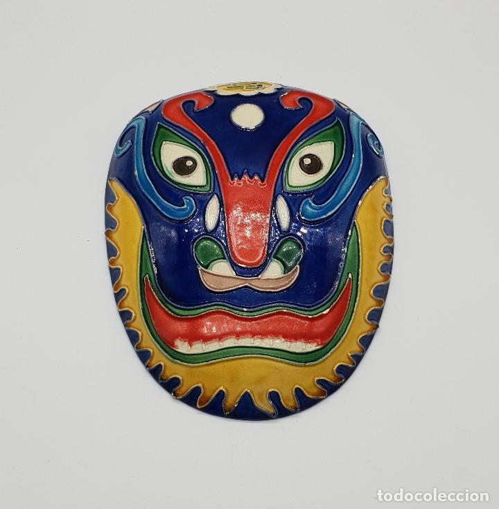 Arte: Gran mascara antigua Maori en cerámica con bellos relieves hecha y minuciosamente esmaltada a mano . - Foto 7 - 145798374