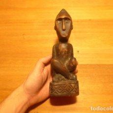 Arte: ANTIGUA ESCULTURA FETICHE O RELIGIOSA, DE MADERA TALLADA AFRICANA, ORIGINAL. DEL CONGO, AFRICA.. Lote 147656998