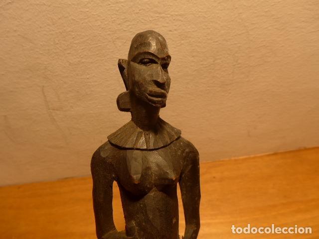 Arte: Antigua escultura de madera tallada africana, original, de tribu de Africa. - Foto 2 - 147658610